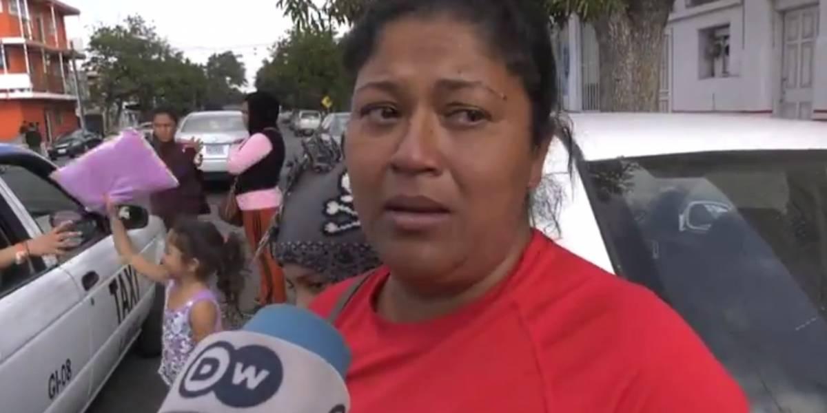 VIDEO. Migrante hondureña pide perdónpor decir que los frijolesson comida para cerdos