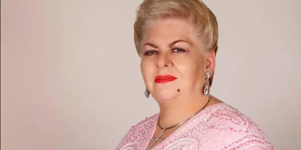 Paquita la del Barrio se queda dormida durante entrevista
