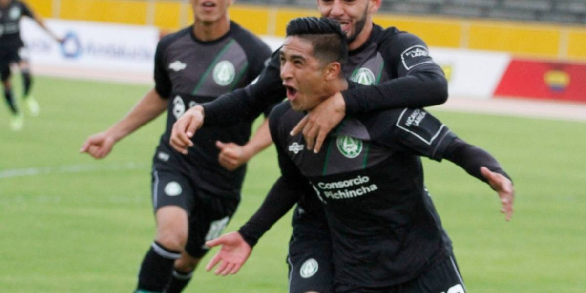 América de Quito regresó a la Serie A tras vencer 4-0 a Liga de Portoviejo