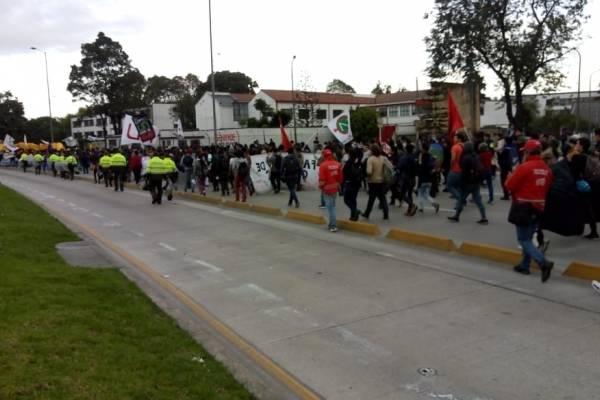Marcha con M de Universidad Nacional