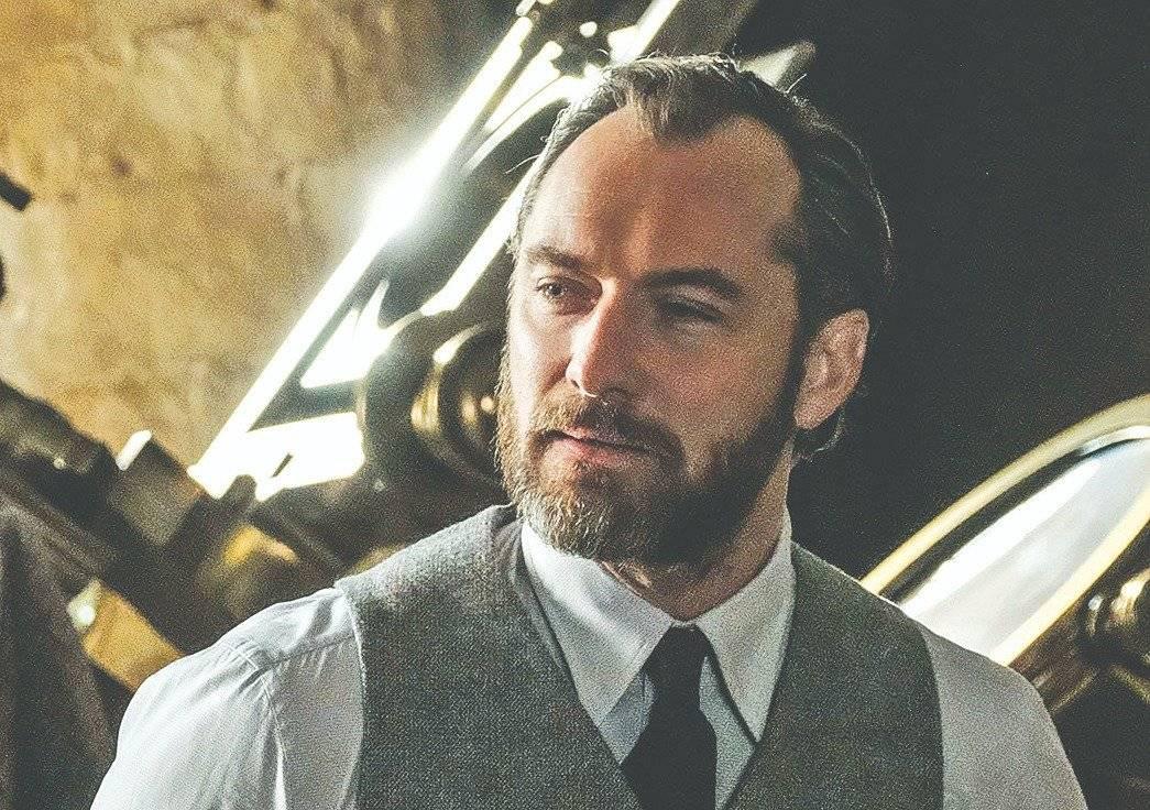 """Jude Law como Dumbledore em """"Animais Fantásticos: Os Crimes de Grindelwald"""""""
