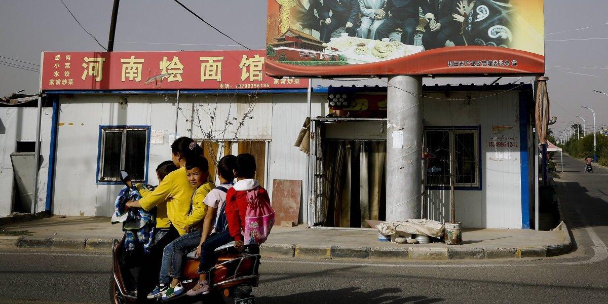 Mueren 5 niños por atropello masivo en primaria en China