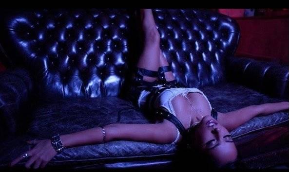 """Becky G en el video de los """"Mayores"""" Instagram"""