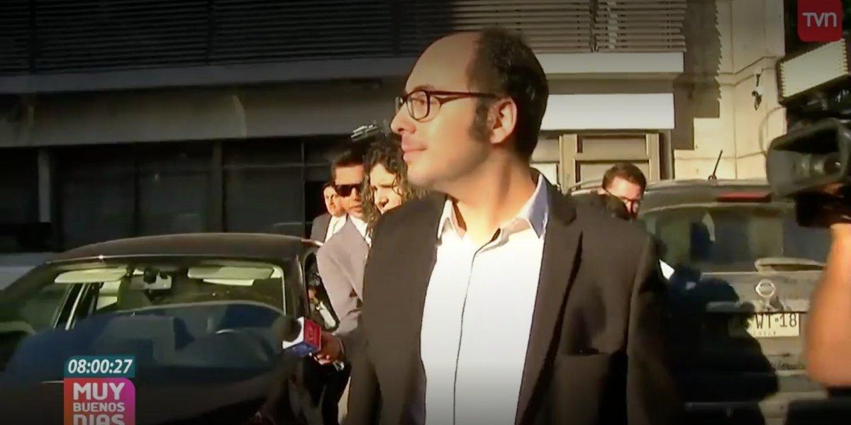 Nicolás López llega a declarar a la fiscalía asegurando ser inocente