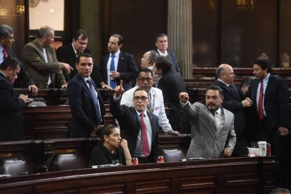 La bancada oficial apoyó los consensos para aprobar el presupuesto.