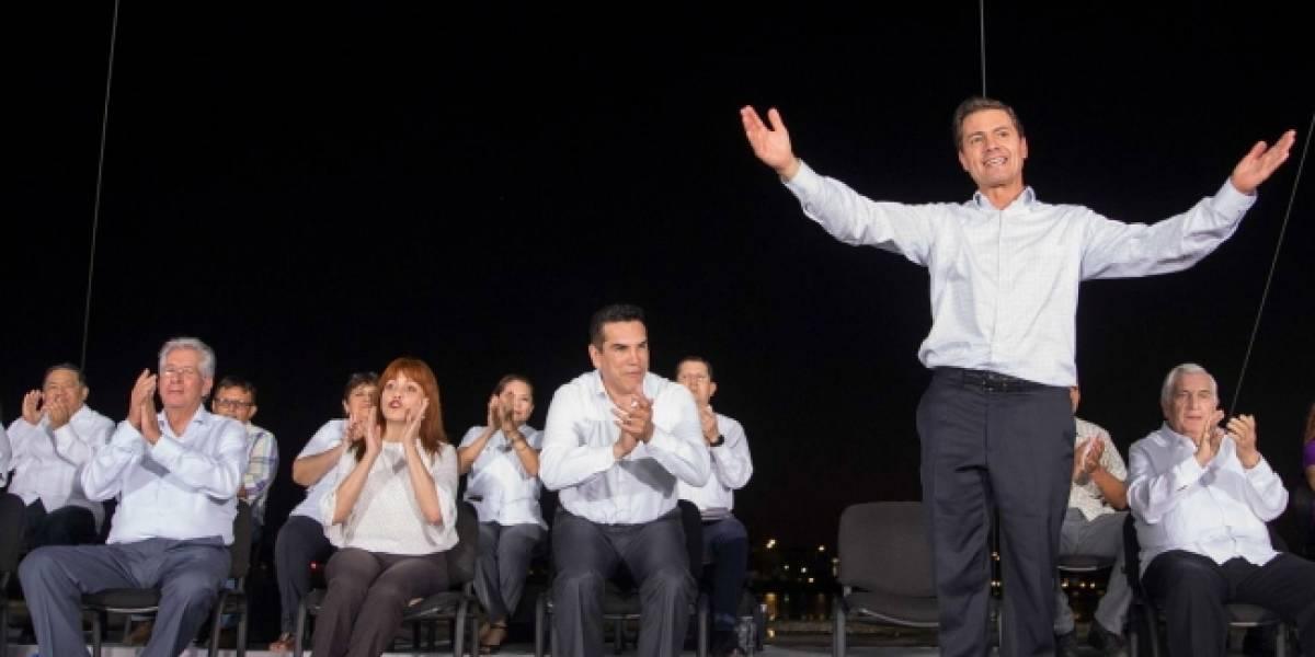 Seis años, suficientes para gobernar en apego a Constitución: Peña Nieto