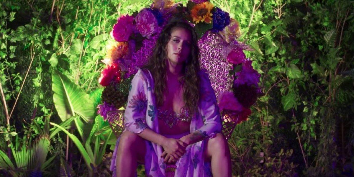 """""""Encadená"""": mira el nuevo videoclip de Denise Rosenthal en el que derriba los estereotipos de belleza"""
