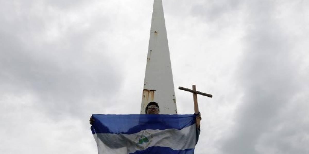 Policía prohíbe a la oposición manifestarse en Nicaragua