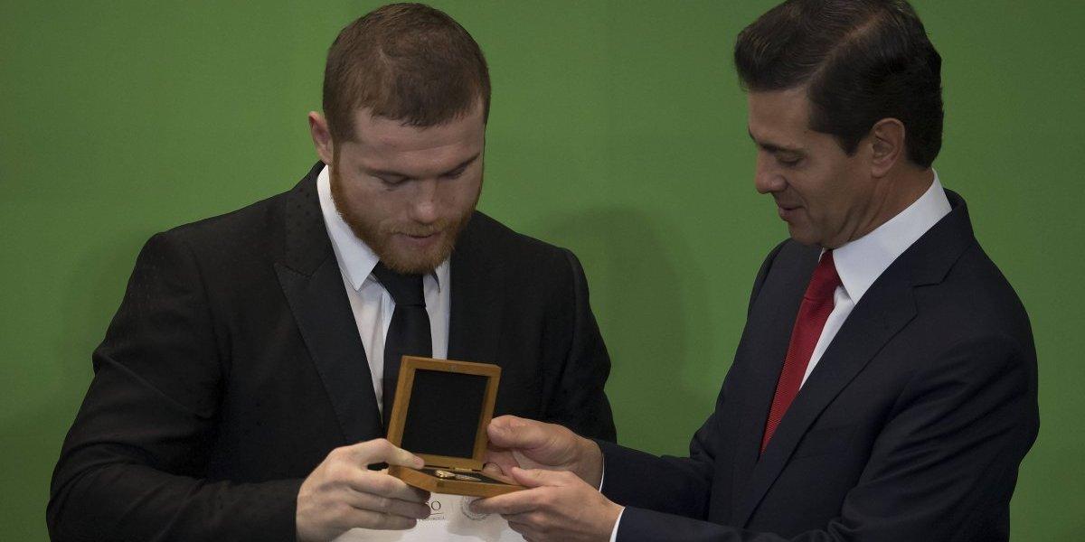 AMLO tuvo que haber entregado el PND, no Peña Nieto