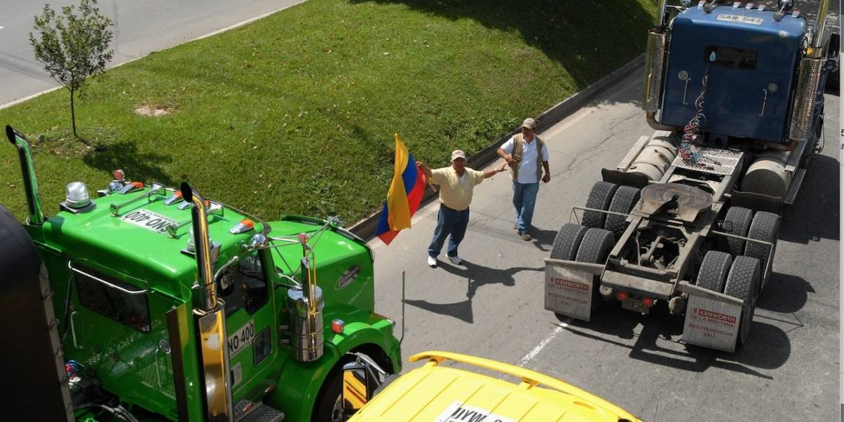 Así avanza la manifestación de transportadores en Bogotá