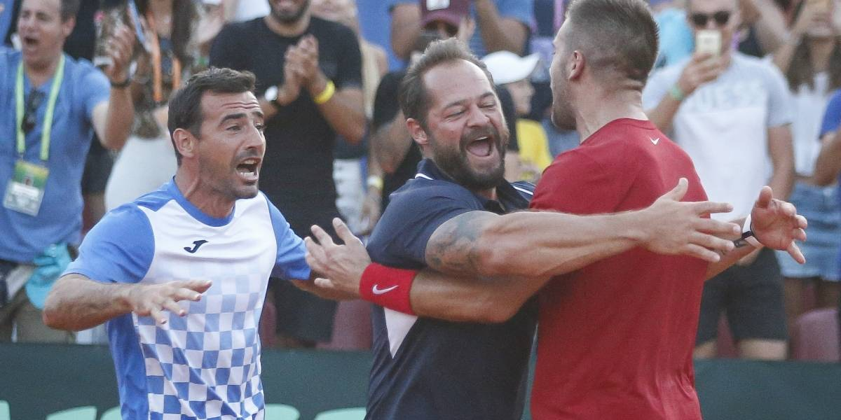 Croacia toma ventaja 2-0 sobre Francia en Final de Copa Davis