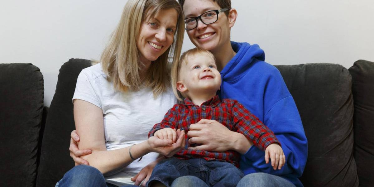 Facilitan trámites a padres de un mismo sexo en EE. UU. para tener derechos sobre un recién nacido