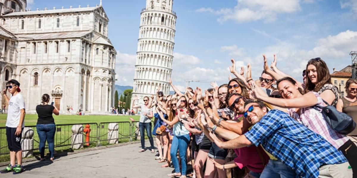 ¿Se acabarán las fotos de personas afirmándola? Científicos salvan a la Torre de Pisa tras comenzar a enderezarla