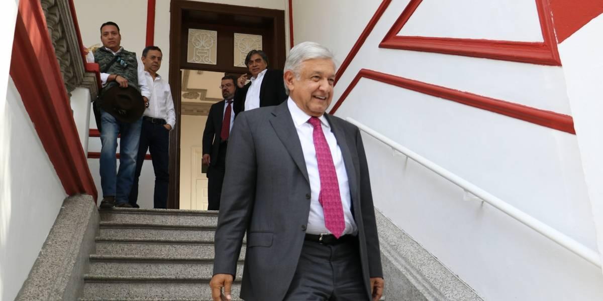 A 8 días de asumir la presidencia; AMLO sostiene reunión con futuro gabinete