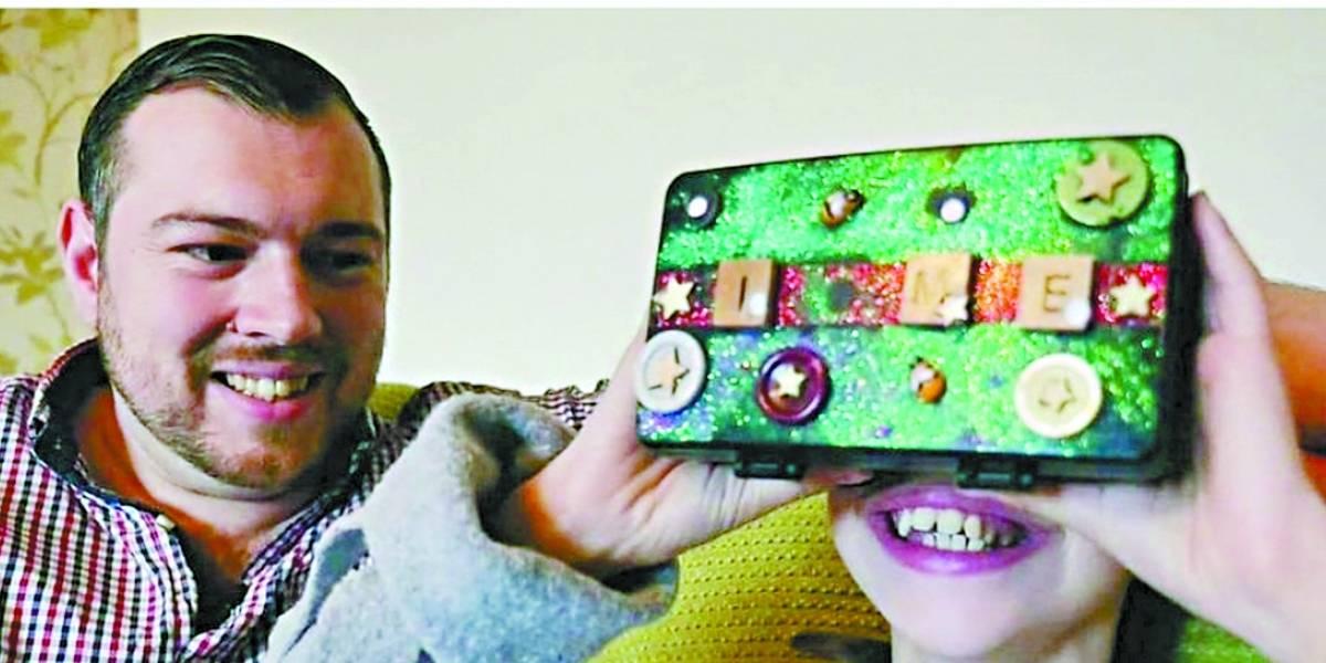 Pai cria ambiente de realidade virtual para ajudar no aprendizado de filha