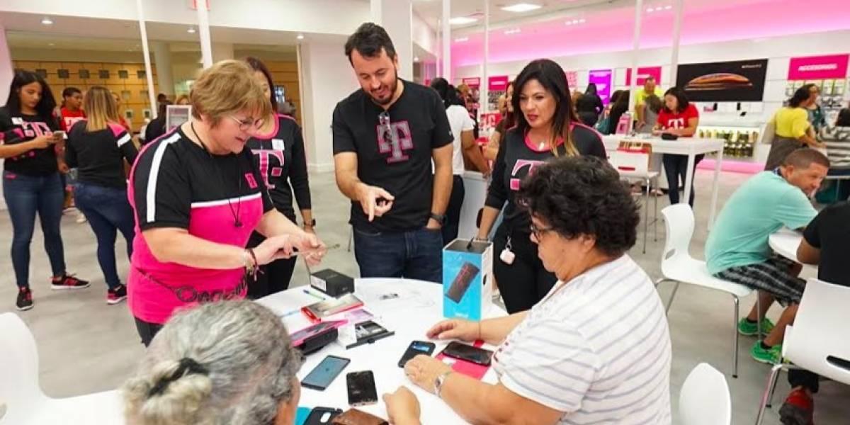 T-Mobile arranca ''Black Friday'' con nueva tienda