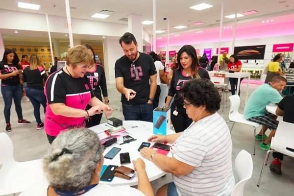 T mobile estrena nueva tienda