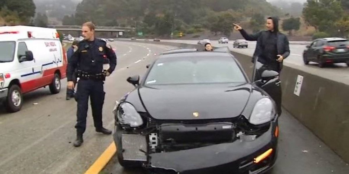 VIDEO: Stephen Curry sale ileso tras sufrir aparatoso accidente automovilístico