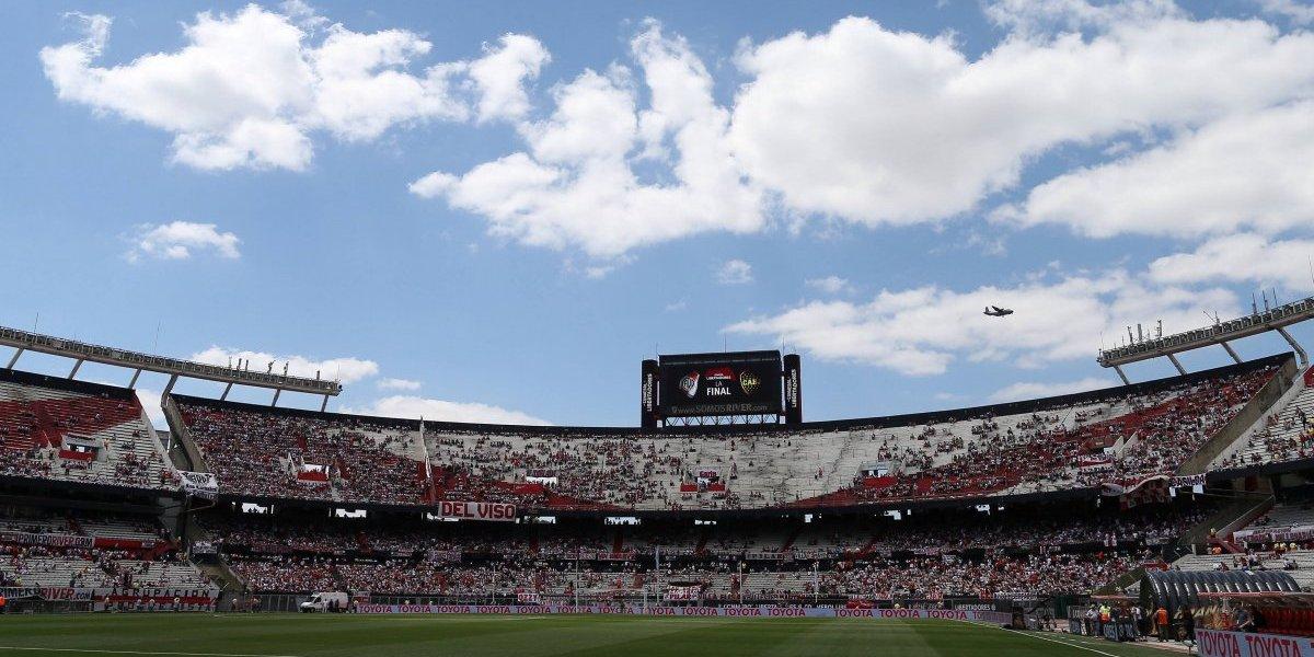 Recepção da equipe do Boca pela torcida do River pode adiar final da Libertadores 2018