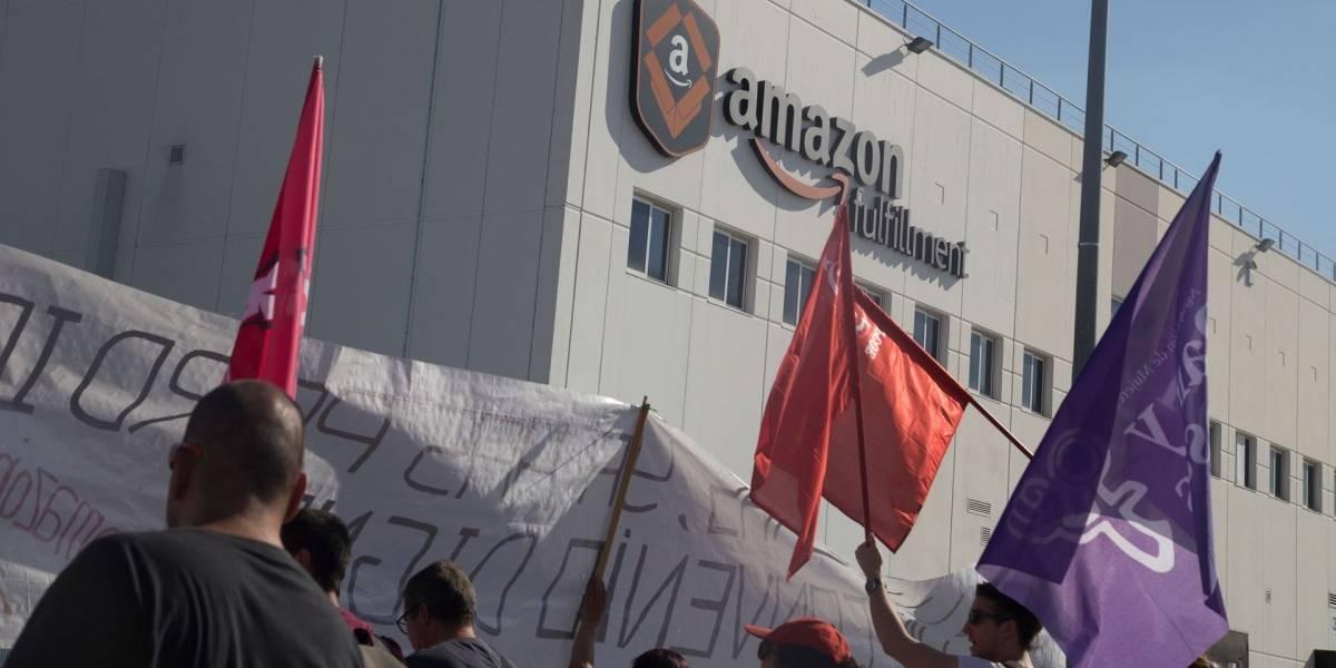 """Trabajadores de Amazon en Europa organizan protestas bajo el lema """"No somos robots"""""""