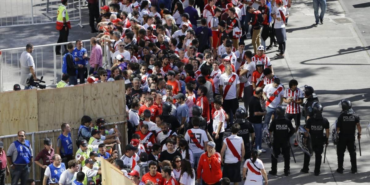 """""""Papelón mundial"""", """"guerra"""" y """"vergüenza"""": el duro juicio en Argentina del escándalo River-Boca"""