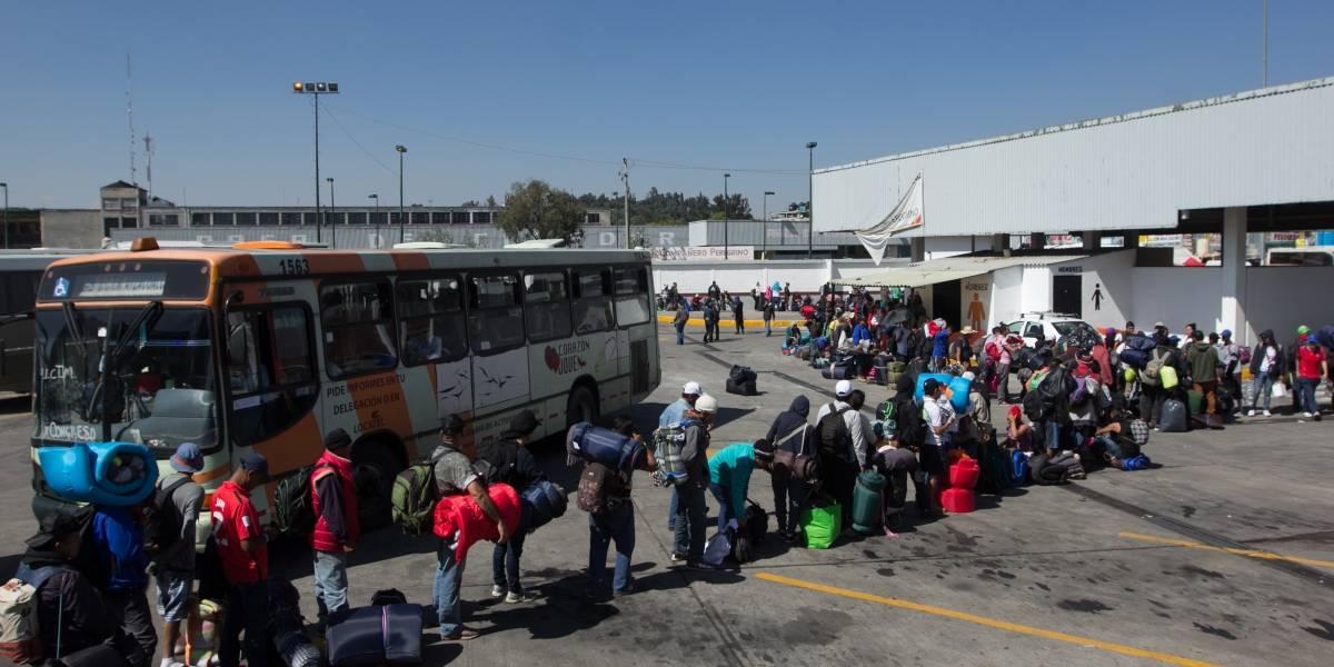 Ofrecen empleos a migrantes con sueldos de hasta cinco mil pesos
