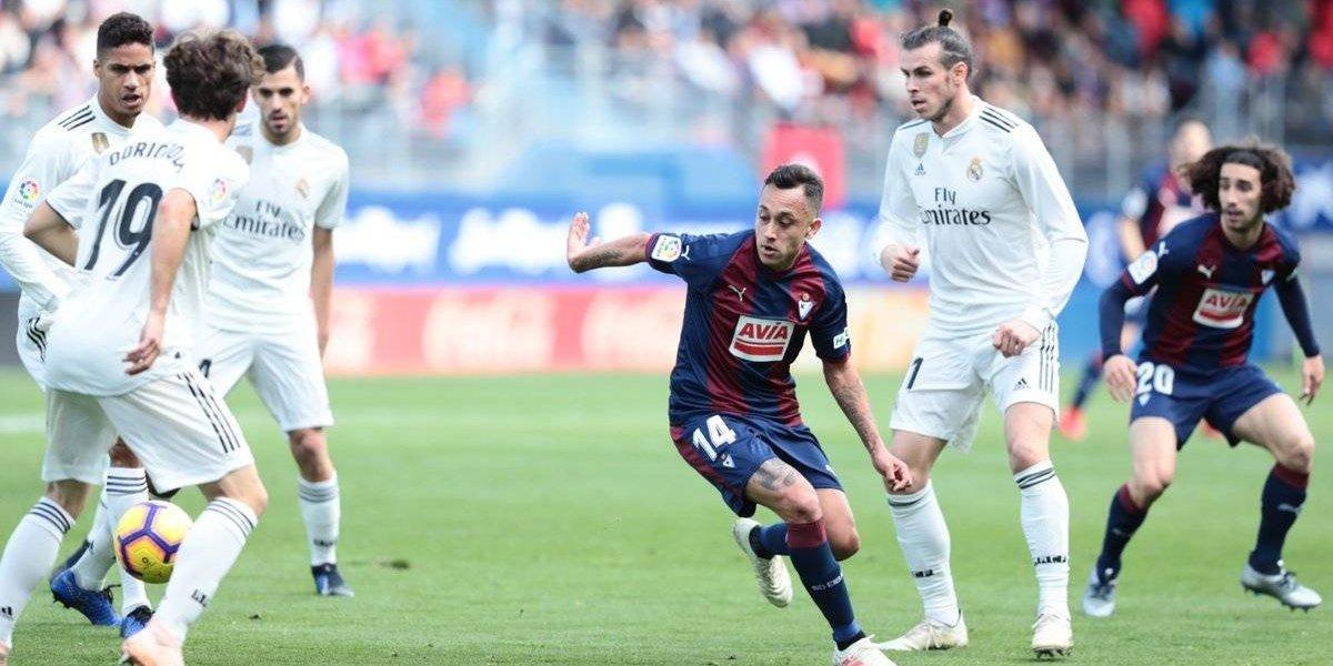 Fabián Orellana y su Eibar humillaron a Real Madrid en la Liga española