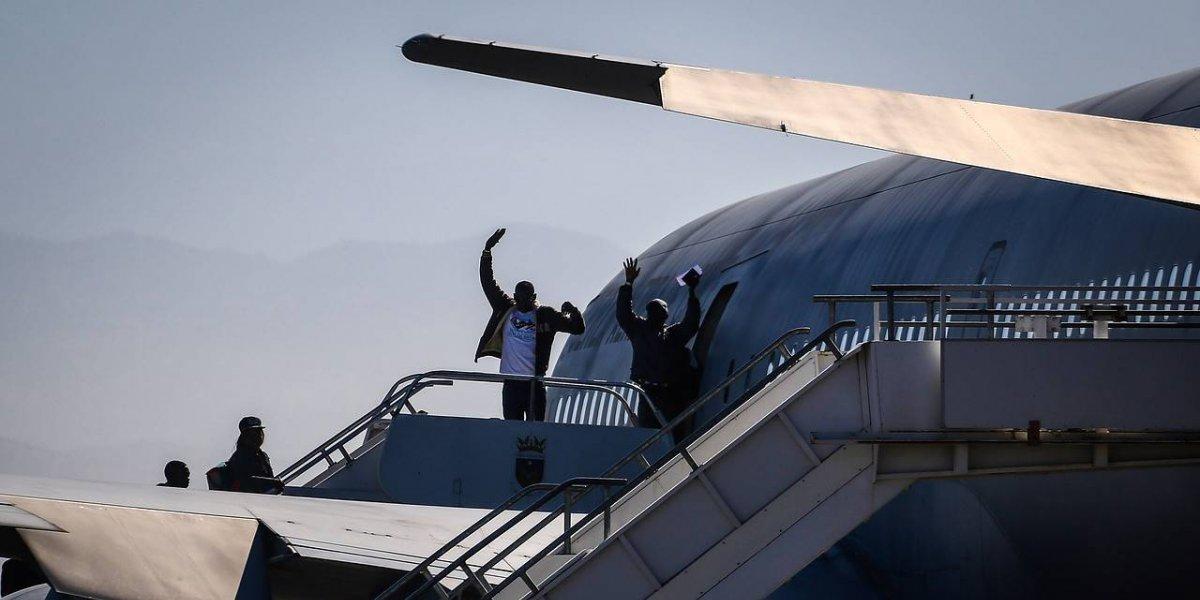 Avión que este lunes se llevará a 179 haitianos hará una escala en Venezuela: traerá a chilenos desde Caracas
