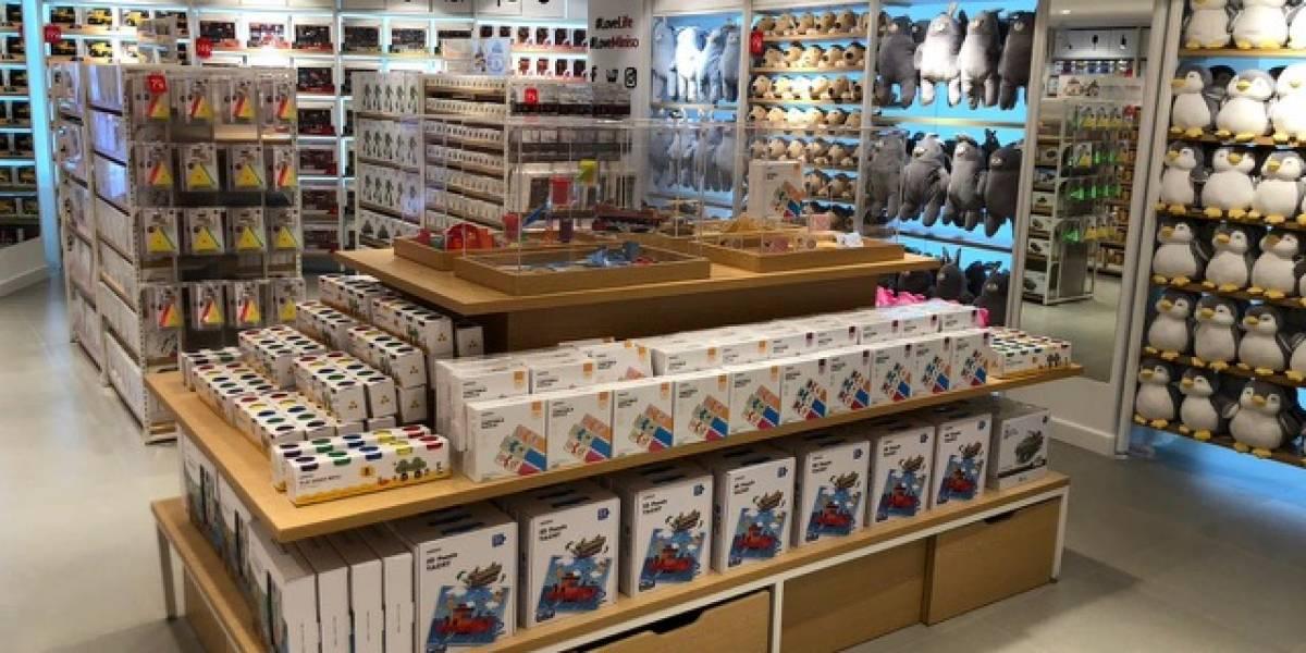Tienda japonesa causa furor en inauguración