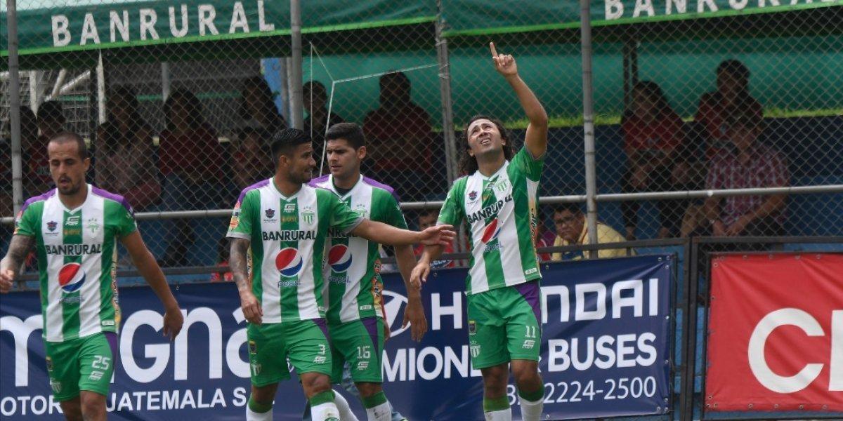 Agustín Herrera hace historia con su tercer título de goleo en la Liga Nacional