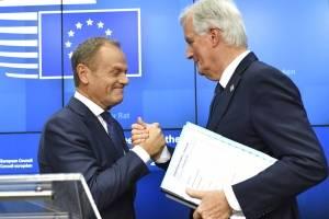 Los 27 países de la Unión Europea aprueban el acuerdo sobre el brexit