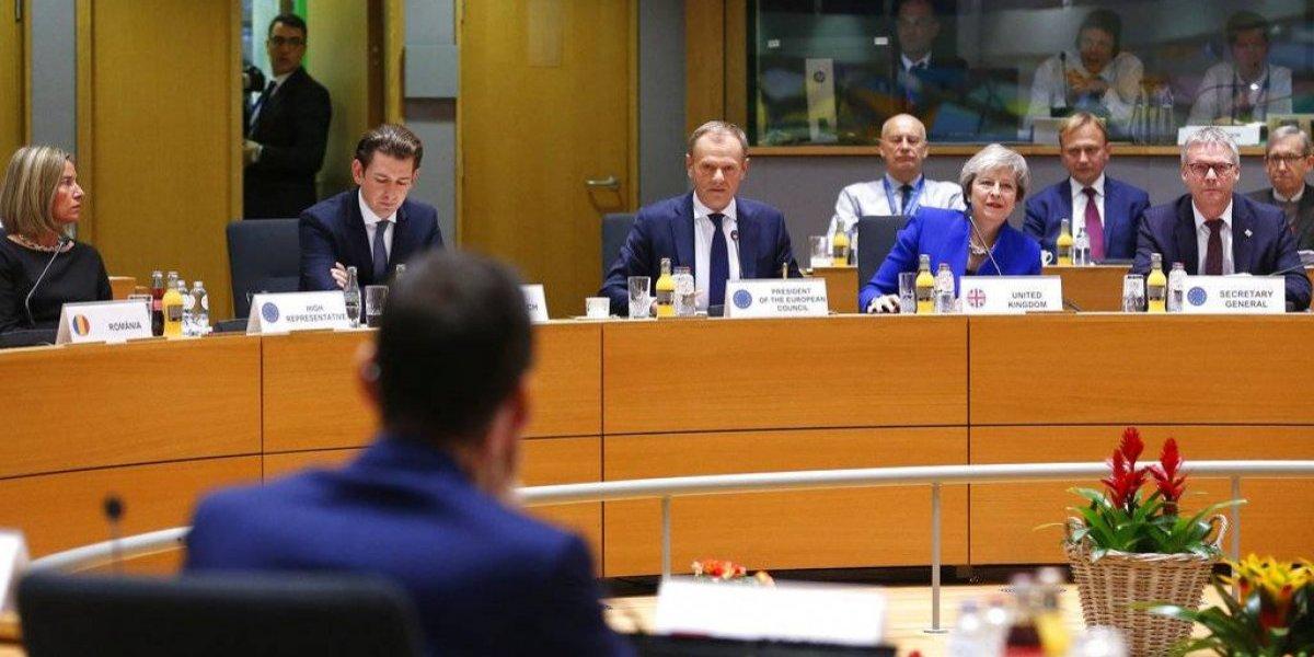 """Reino Unido y Europa preparan """"plan B"""" para el brexit"""