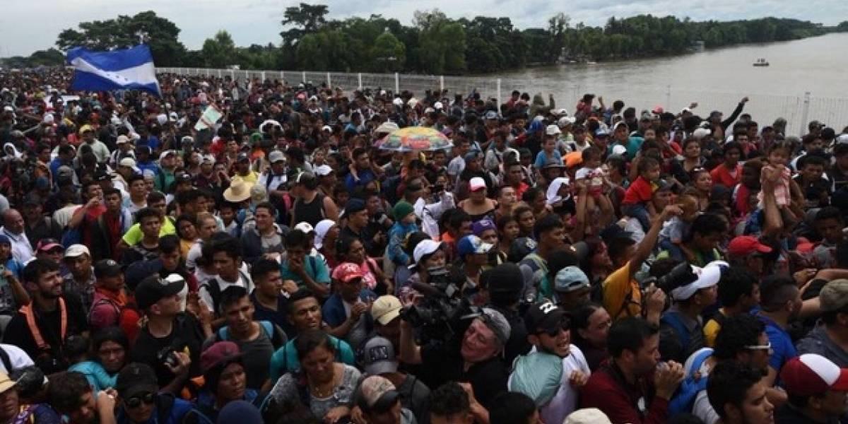 Desesperados, centroamericanos reclaman desde México ser recibidos por EE.UU.