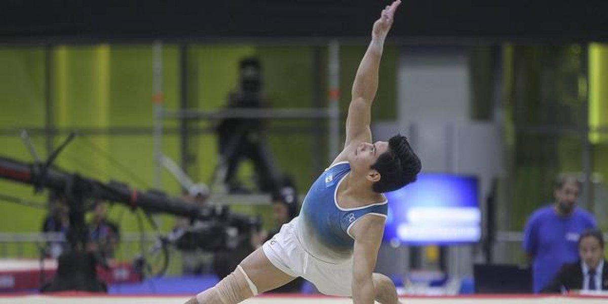 En Alemania, el gimnasta guatemalteco Jorge Vega se coloca entre los mejores en la Copa del Mundo
