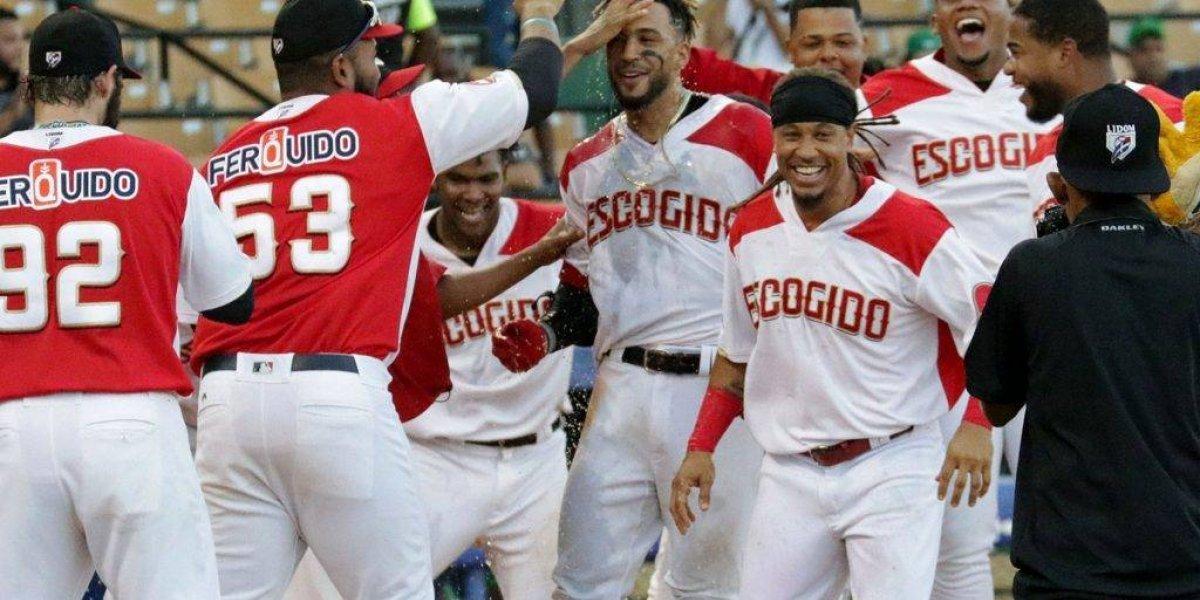 Leones y Gigantes provocan triple empate en la cima del béisbol