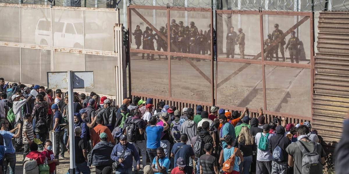 Patrulla Fronteriza arrestó a 42 migrantes tras incidente violento