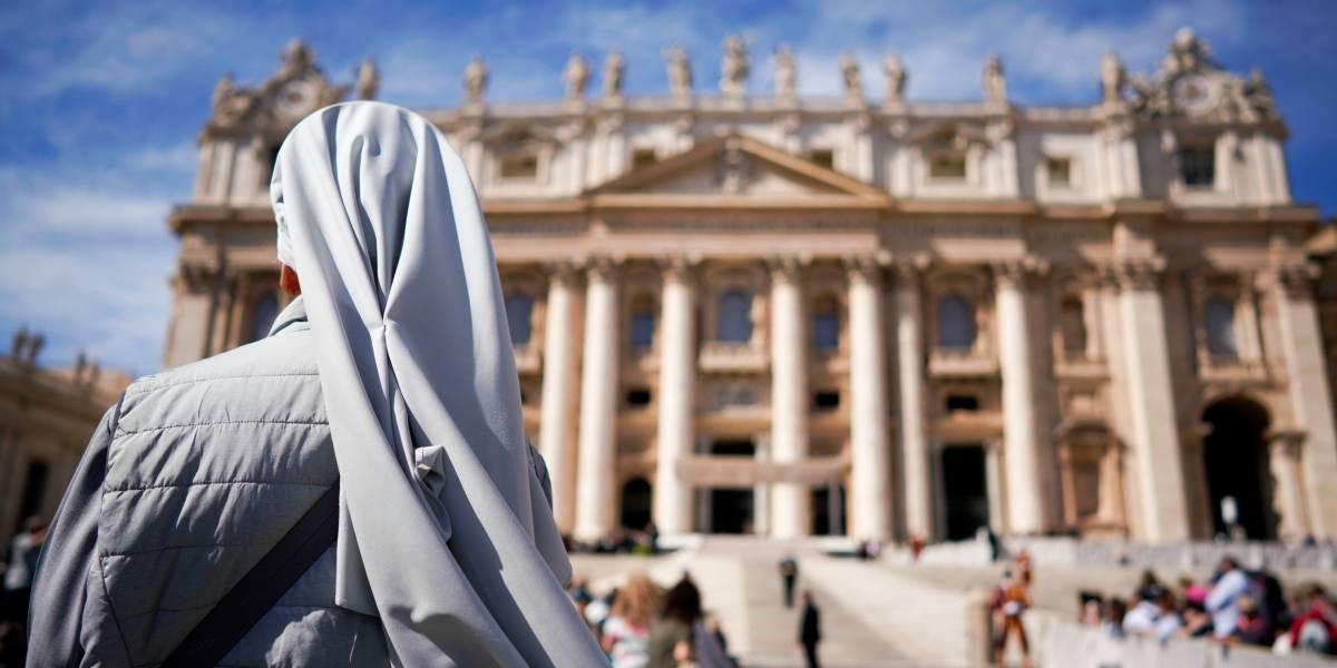 """Monjas católicas llaman a reportar abusos sexuales a policía: condenaron lo que denominaron el """"patrón de abuso que prevalece en la Iglesia"""""""