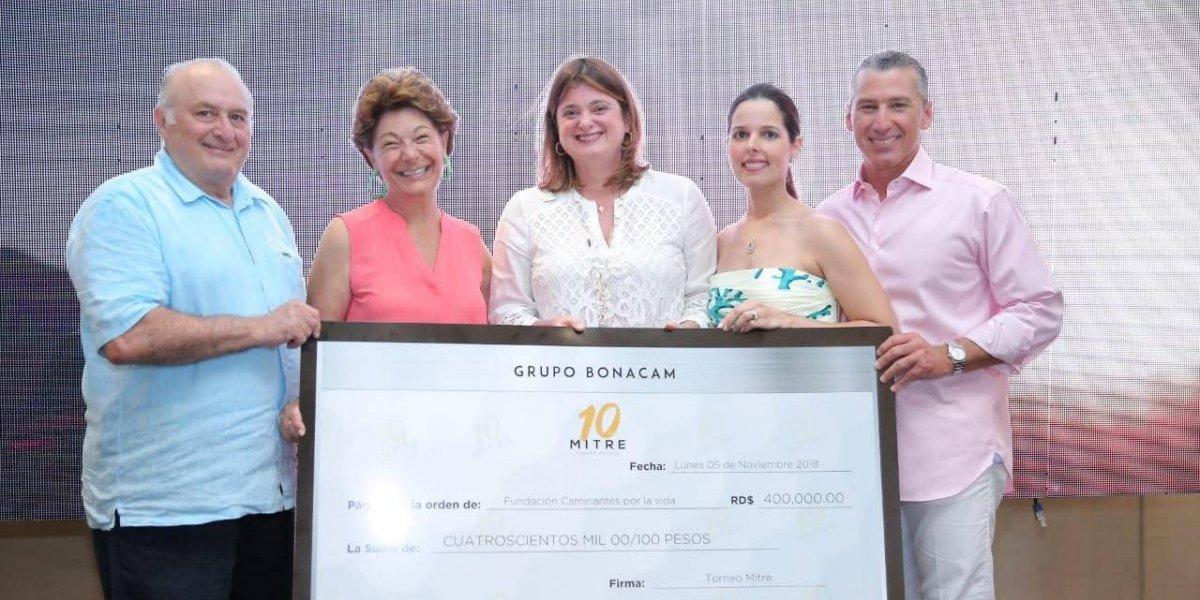#TeVimosEn: Fundación Caminantes Por La Vida favorecida del Torneo de Golf MITRE