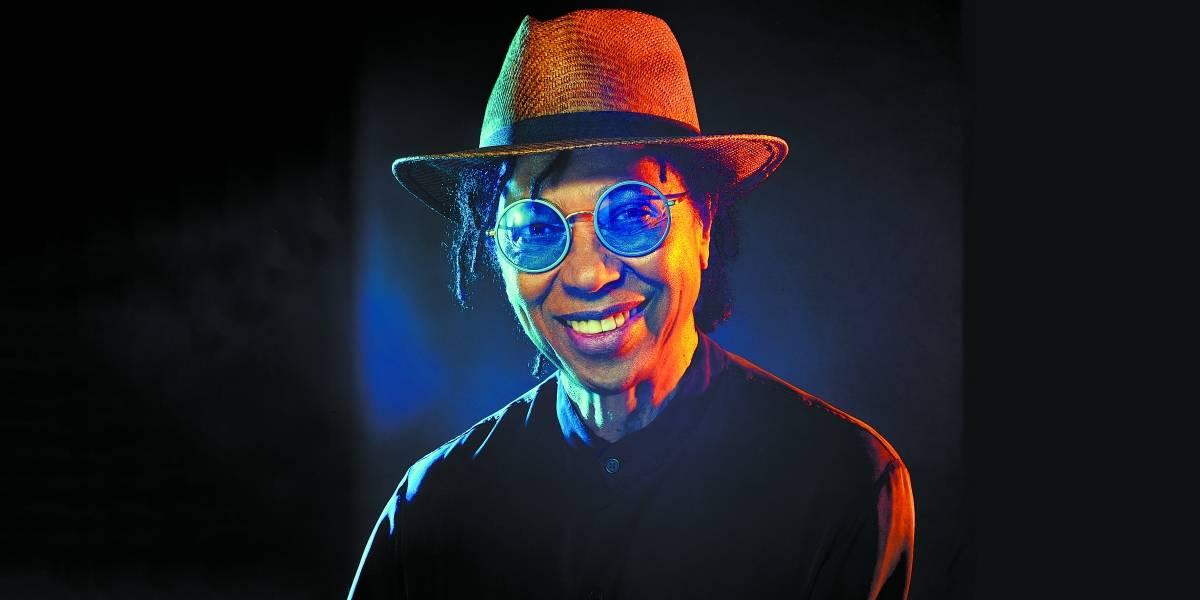 Djavan privilegia melodias pop e letras diretas em Vesúvio, seu 24º álbum