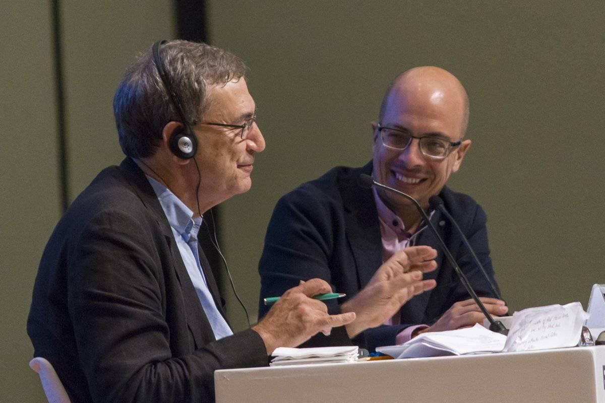 El Nobel de Literatura 2006 abre Salón Literario de la Feria