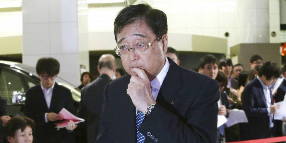 Mitsubishi Motors despide a Carlos Ghosn como presidente