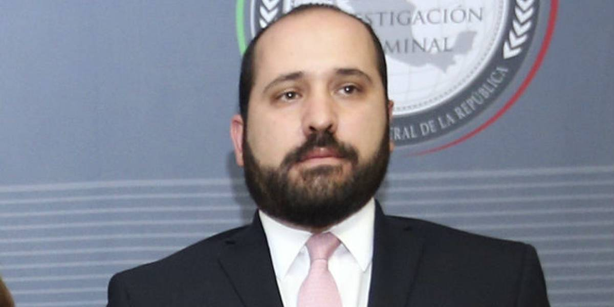 Fallece Carlos Alberto Bonnin, comisionado del INAI