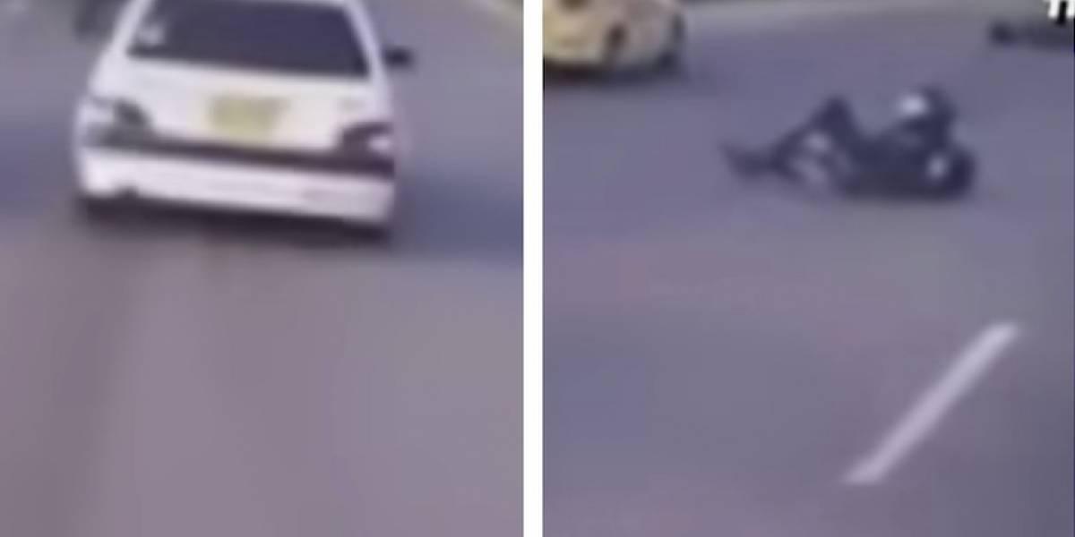 VIDEO: conductor arrolla motociclista y huye sin auxiliarlo en Bogotá