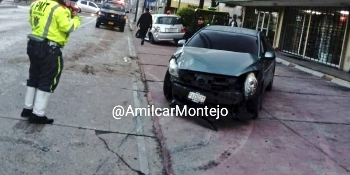 Un herido tras colisión vehicular en la zona 9