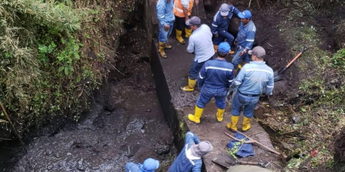 Quito: Corte de agua en el Valle de los Chillos por rotura de tubería