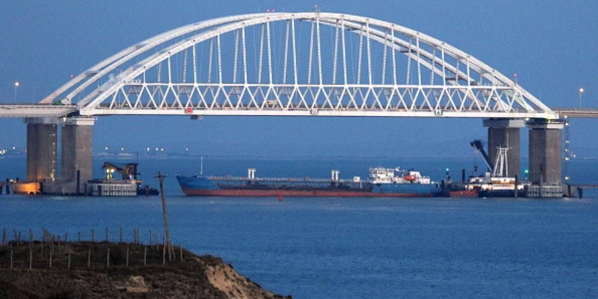 """Ucrania pone en """"alerta de combate"""" a sus Fuerzas Armadas tras escalada naval con Rusia y busca imponer la ley marcial"""