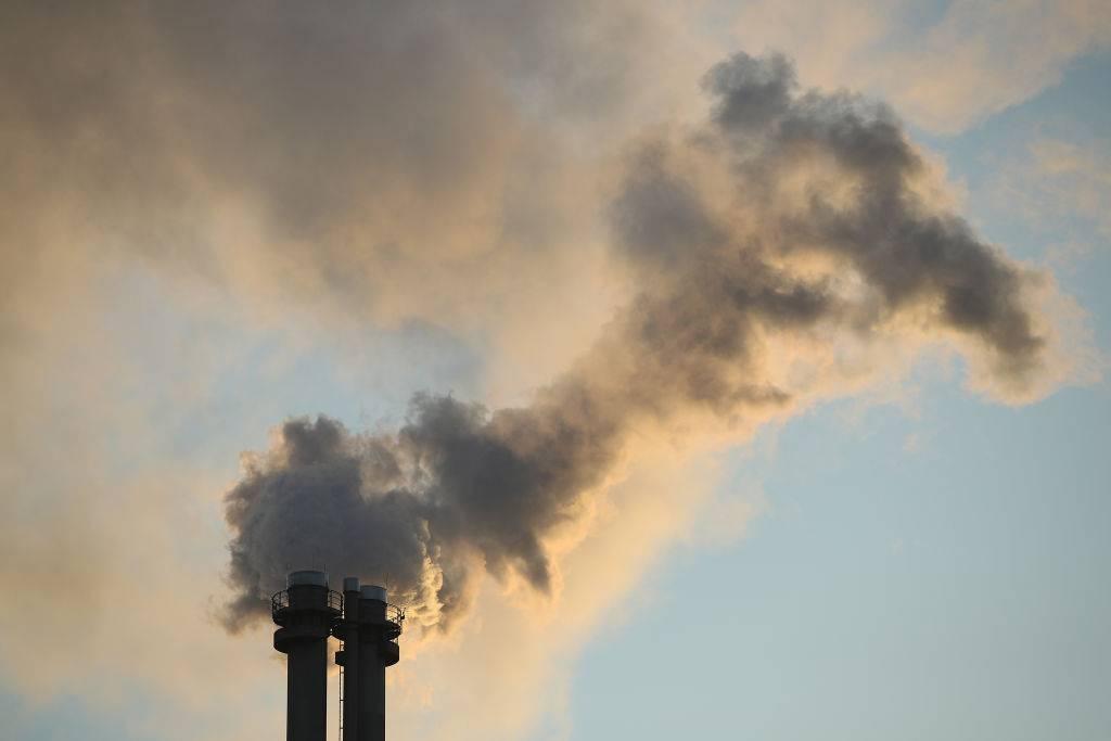 Investigadores crean nuevo material que permite capturar de mejor forma moléculas de dióxido de carbono