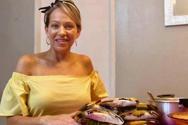 Ilia González se reiventa haciendo pasteles