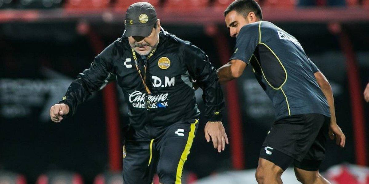 Multan a Maradona por criticar y comparar actuación de árbitros con Codesal