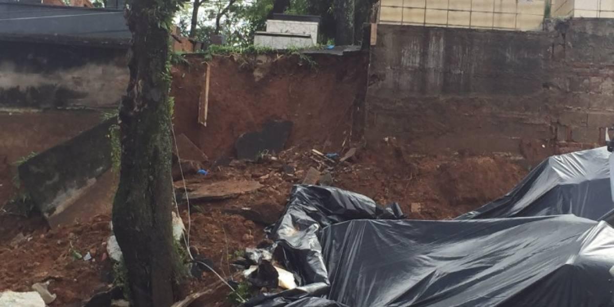 Muro de cemitério que desabou em Santo André começa a ser reconstruído nesta segunda